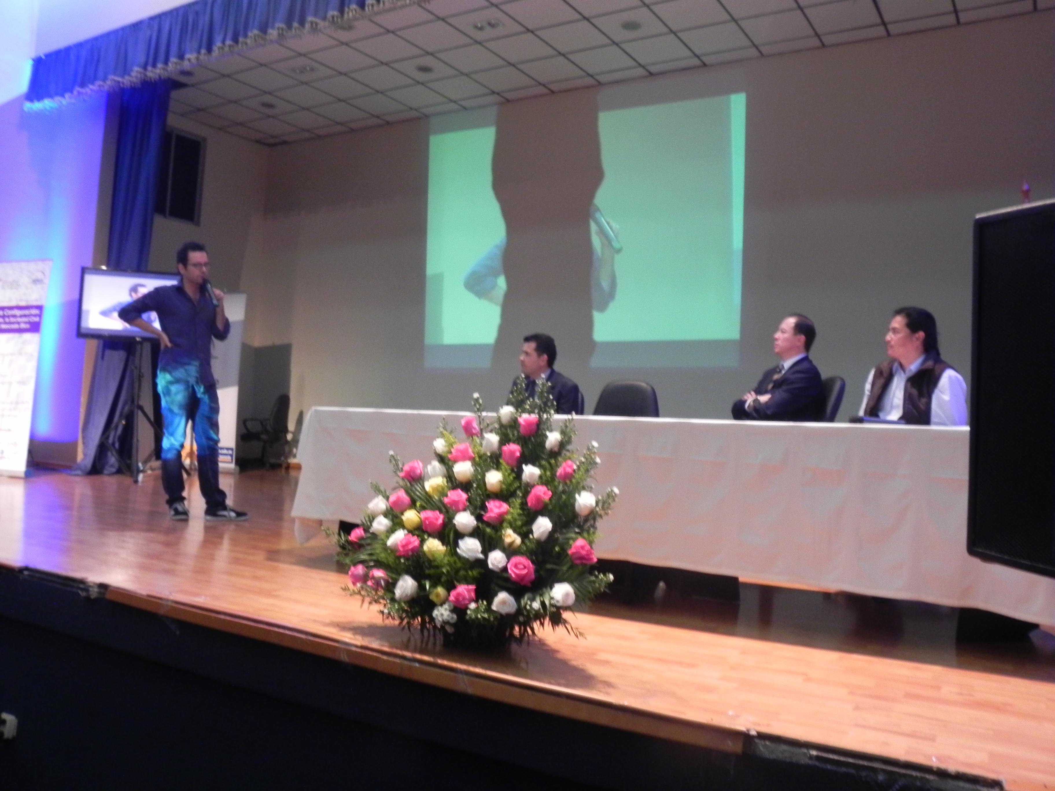 <!--:es-->Segundo día de seminario trató las iniciativas que mejoran el flujo de la Economía Popular y Solidaria<!--:-->