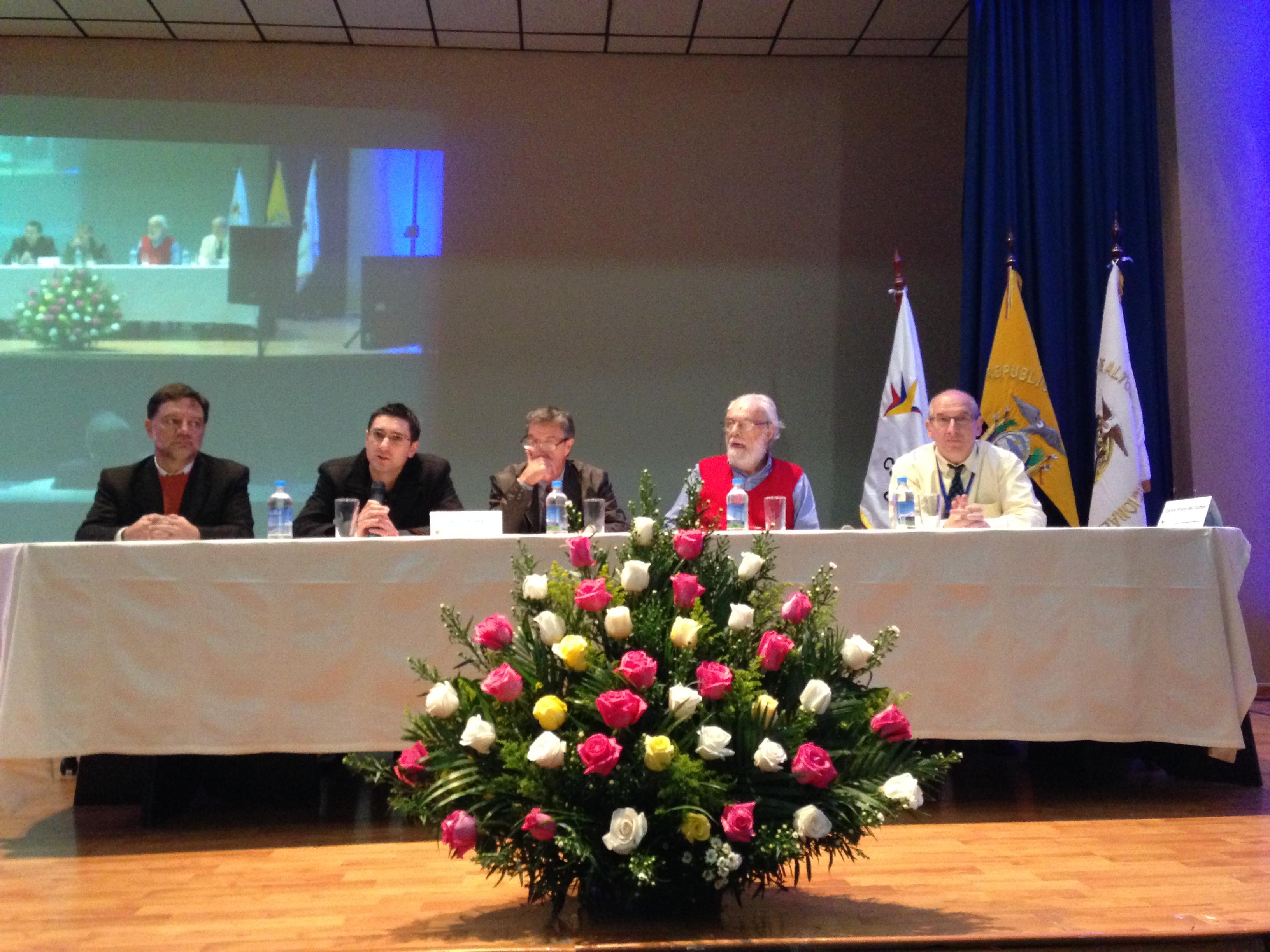 <!--:es-->Primer día del XXII Seminario Nueva Configuración: El Estado, la Sociedad Civil y el Mercado Ético<!--:-->
